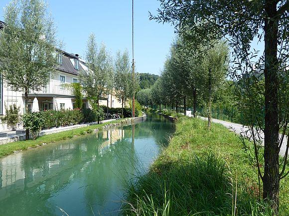 Neuer Almkanal-Radweg